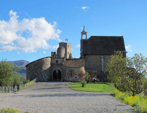 Balade culturelle proche Camping Le Chêne Tallard Hautes-Alpes