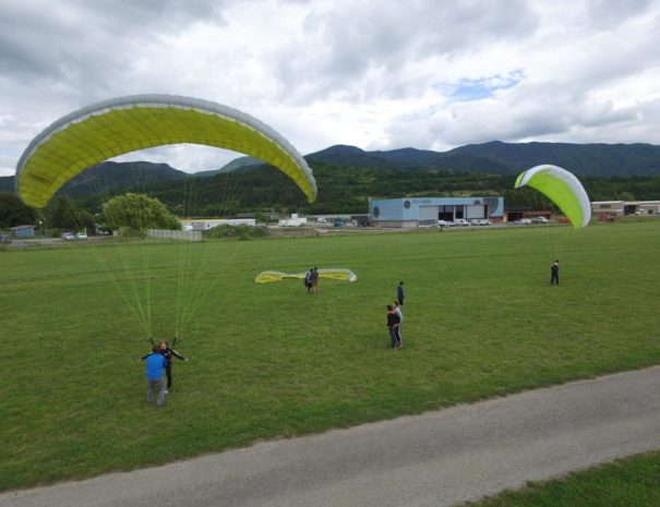 vol en parapente proche Camping le Chêne 2019 Tallard Hautes-Alpes