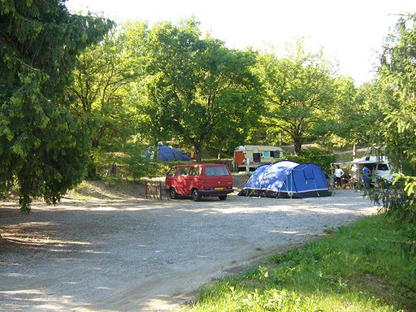 Grand Emplacement Tente Caravane Camping-car - Camping Le Chêne Tallard - Gap